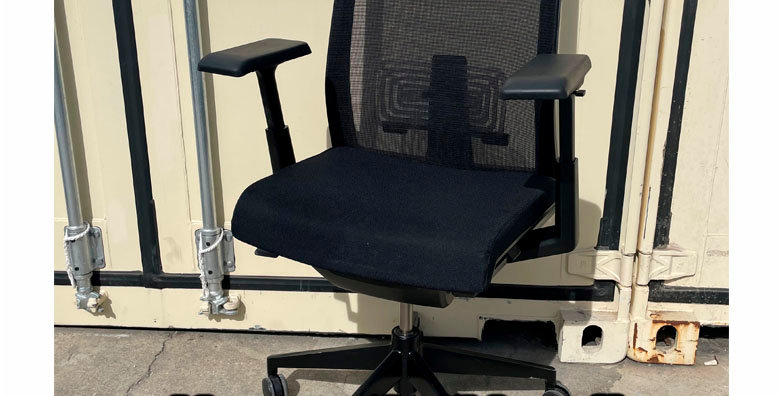 """Haworth  """"Very"""" Task Chair - Black"""