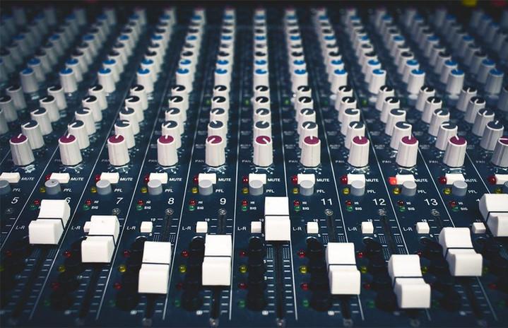 mixer_1200_240-e1552092159584-98e9d2b1.j