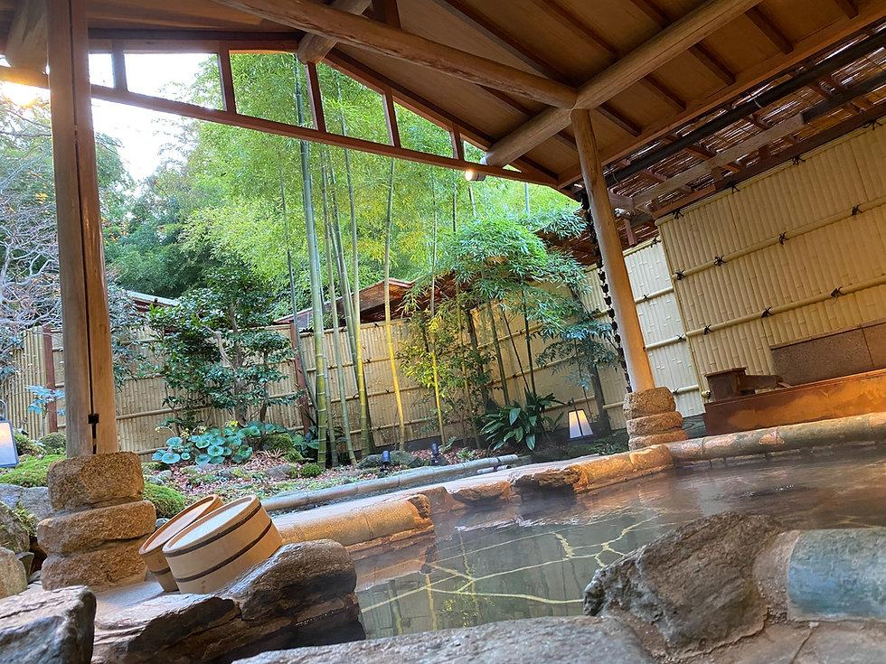 outdoor-rotenburo-bath-arima-onsen