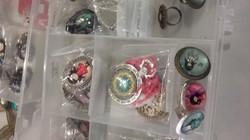 anillos, broches