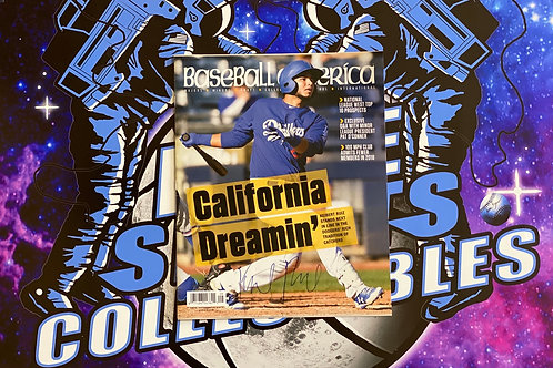 """Keibert Ruiz Signed """"Baseball America"""" Magazine (Beckett)"""