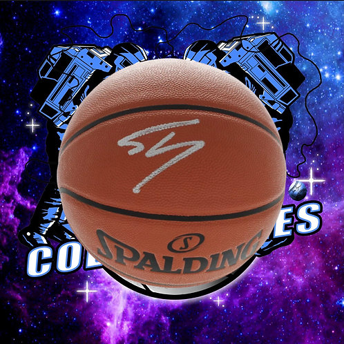 Shaquille O'Neal Signed Spalding Ball (Beckett Authenticated)