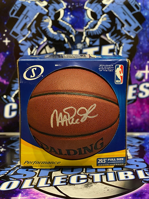 Magic Johnson Signed Spalding Basketball (PSA/DNA)