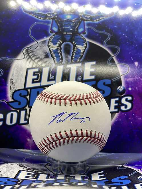 Max Muncy (MLB Authenticated)