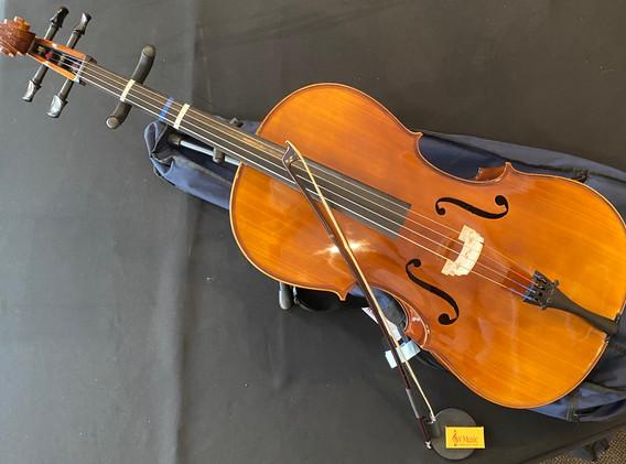 Cello.jpeg
