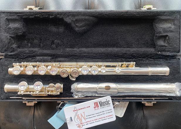 Flute.jpeg