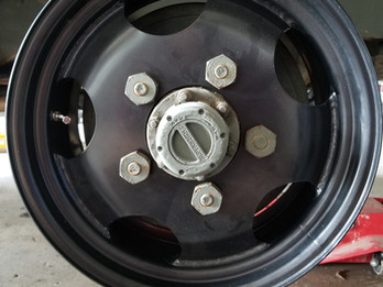 New 17 Inch Aftermarket Traditional Style 5-Hole Wheel