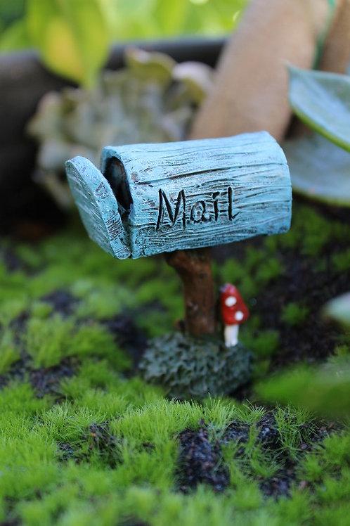 Enchanted garden mailbox