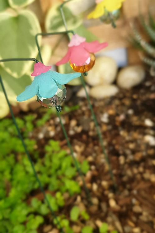 Wide flower drops
