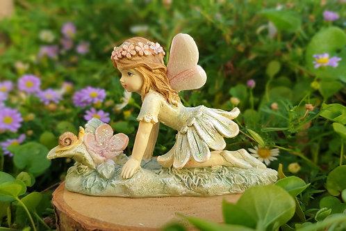 Fairy Lila with snail