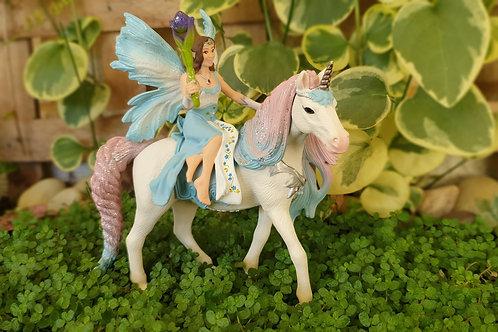 Fairy Eyela and princess unicorn