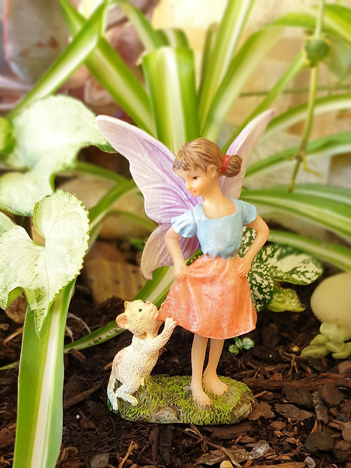 Fairy Ava and her cat