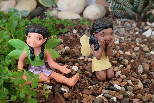 Friendly fairies - sitting