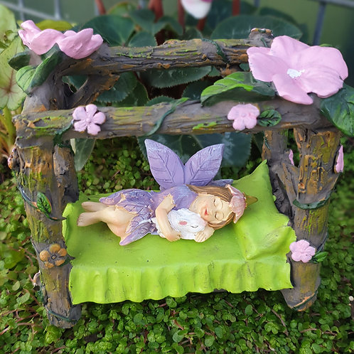 Fairy bed with canopy
