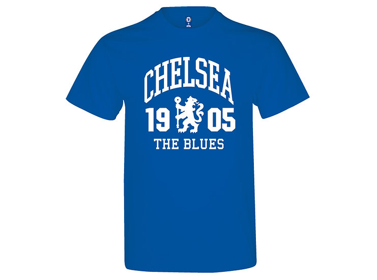 Chelsea FC crest cotton lifestyle t-shirt.