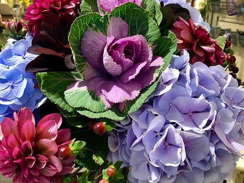 Medium -Custom hand-tied bouquet
