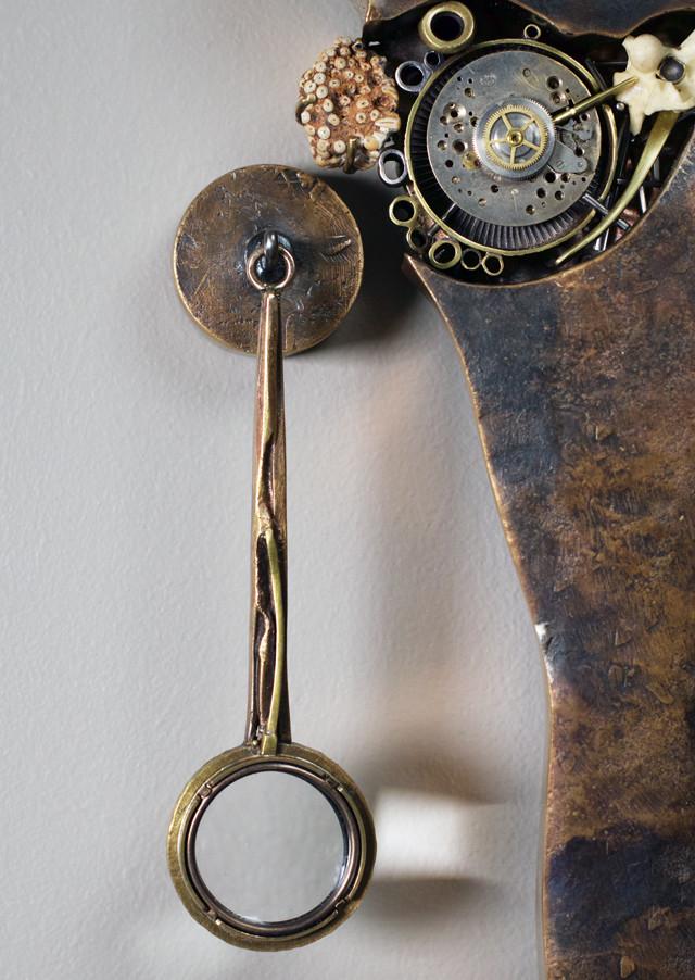 Magnifier (5X), hook & hanger.
