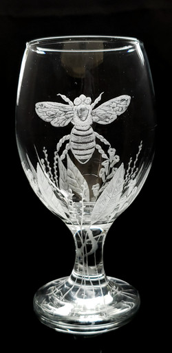 bee stout/drink glass