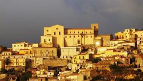 Castroreale tra i romanzi del Premio Letterario il Borgo Italiano