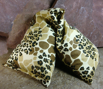 Natural Heat Wrap with Cherry Pits Animal Print Flannel