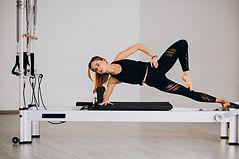 Na Pompéia, Pilates feminino na academia WTechFitness