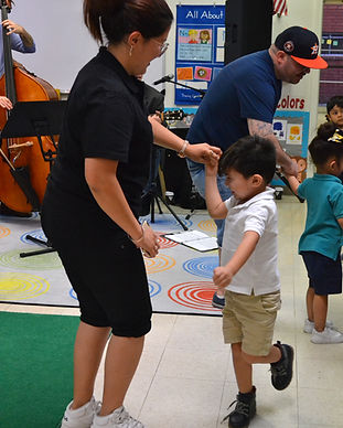 Prelude Music Foundation engages the students' families with a community concert led by the Houston Symphony musicians