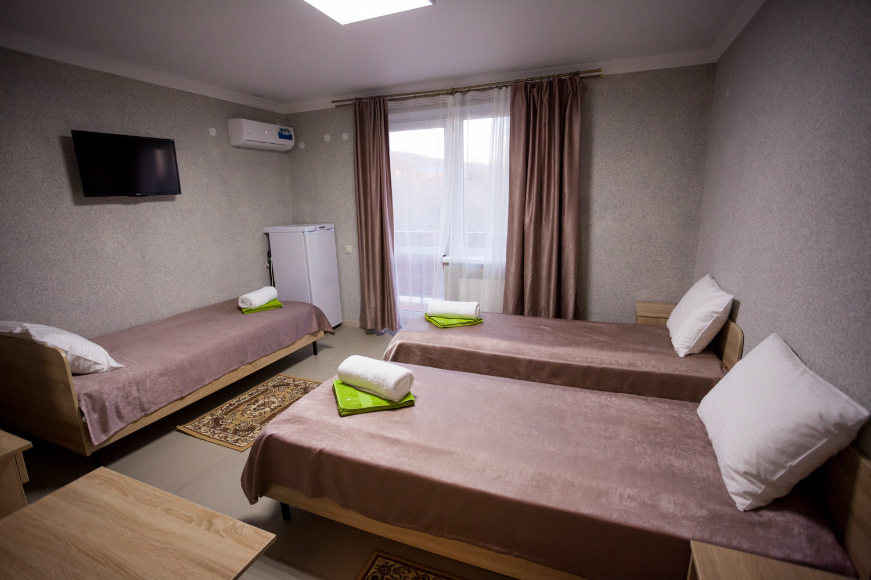 Гостевой дом Веруся, отель с бассейном у моря в Ольгинке, семейный отдых с детьми в Ольгинке, Туапсе