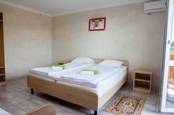 14, Ольгинка отель у моря Веруся с бассе