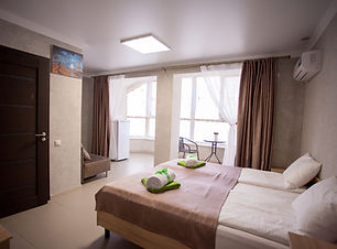 Гостевой дом Веруся, отель с бассейном у