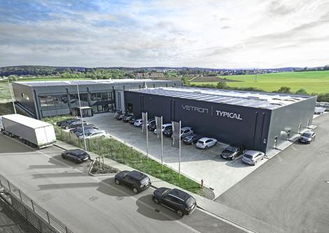 VETRON TYPICAL weiht neues Werksgebäude ein