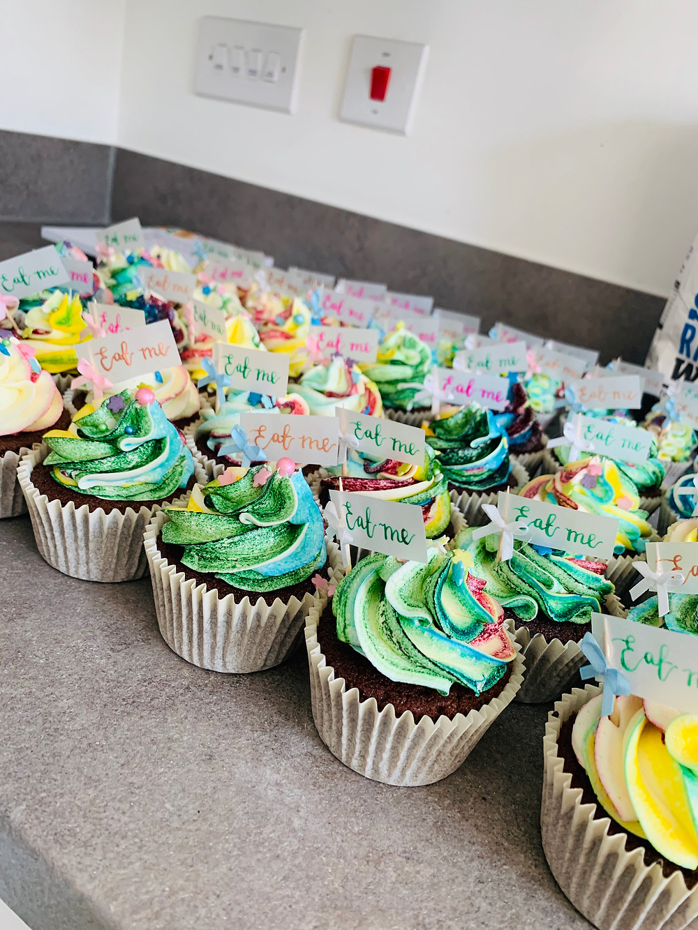 Rainbow Dust Pro Gel Multi-coloured cupcakes