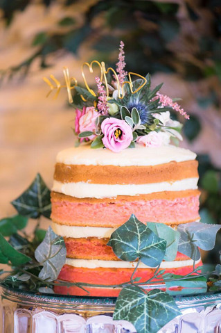 Wedding cakes: are they over-priced?