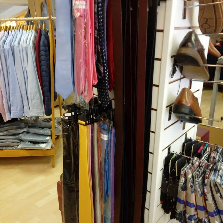 Tie Display