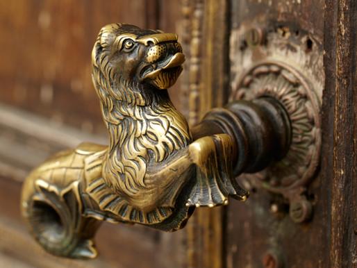 Writing Prompt: Secret Door