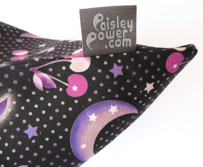 cherry-moon-bag-with-Paisley-Power-grey-