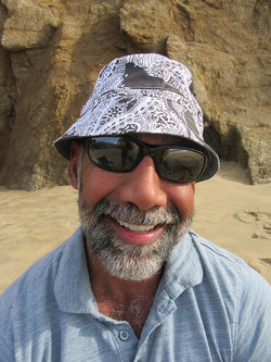 personal-trainer-wearing-paisley-hat-in-San-francisco