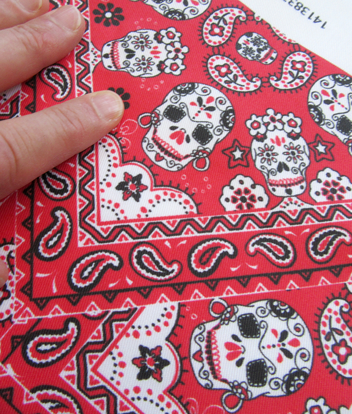 red-black-white-skull-bandana-Spoonflowe