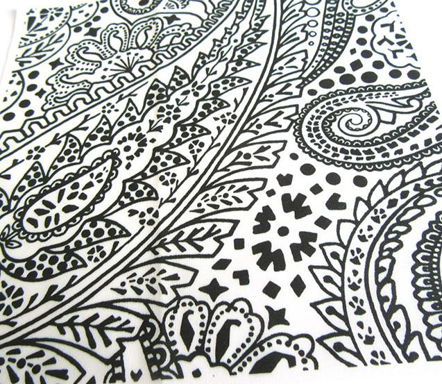 cotton-swatch-of-white-black-Paisley-Pos