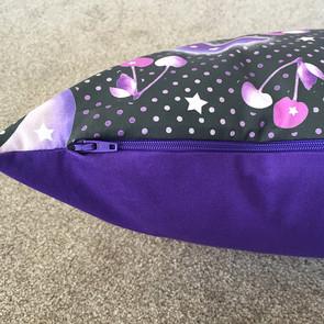 purple-zip-of-Cherry-Moon-cushion.jpg