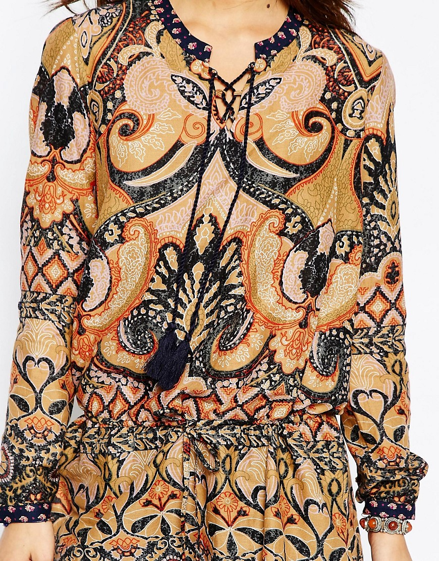 fashion-print-design-by-Patrick-Moriarty-bought-by-Vero-Moda