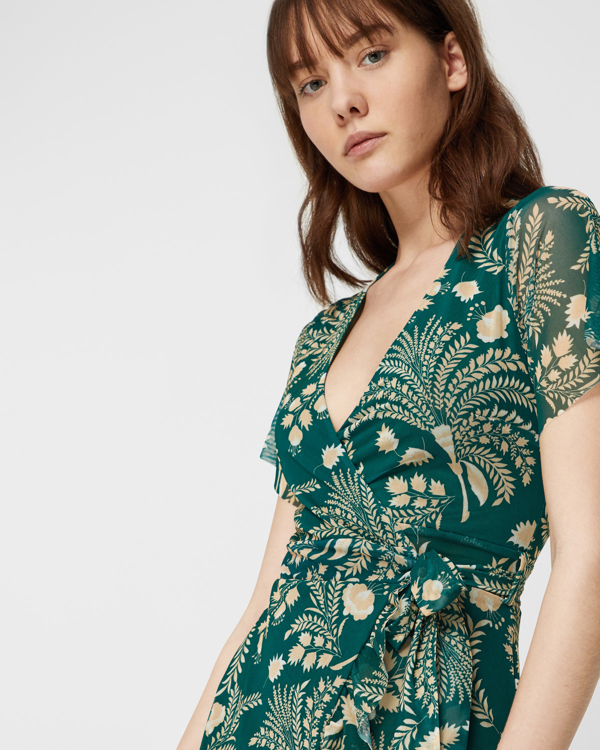 Soaked-in-Luxury-green-dress-with-leaf-o
