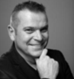 Hans Pilgaard.jpg Foredrag dansk kendis underholdning, hvem vil være millionær, tv vært kendt person