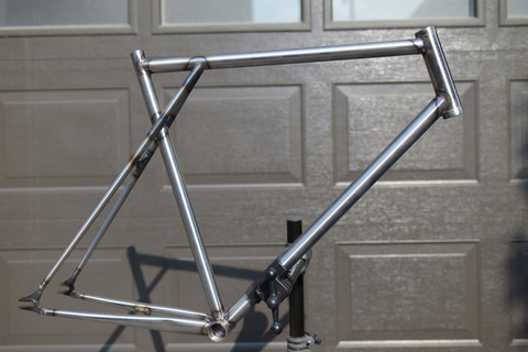 700c Track and City Race Frame