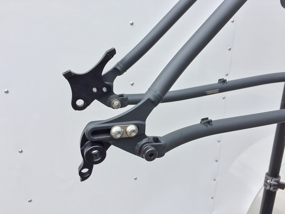 """29"""" Full Suspension Mountain Bike - Completed rear end detail"""