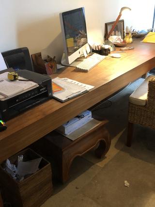 Grand bureau / console en bois exotique