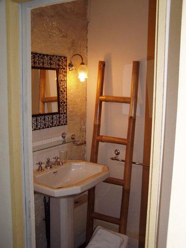 Salle de bains-douche de la Rebelle