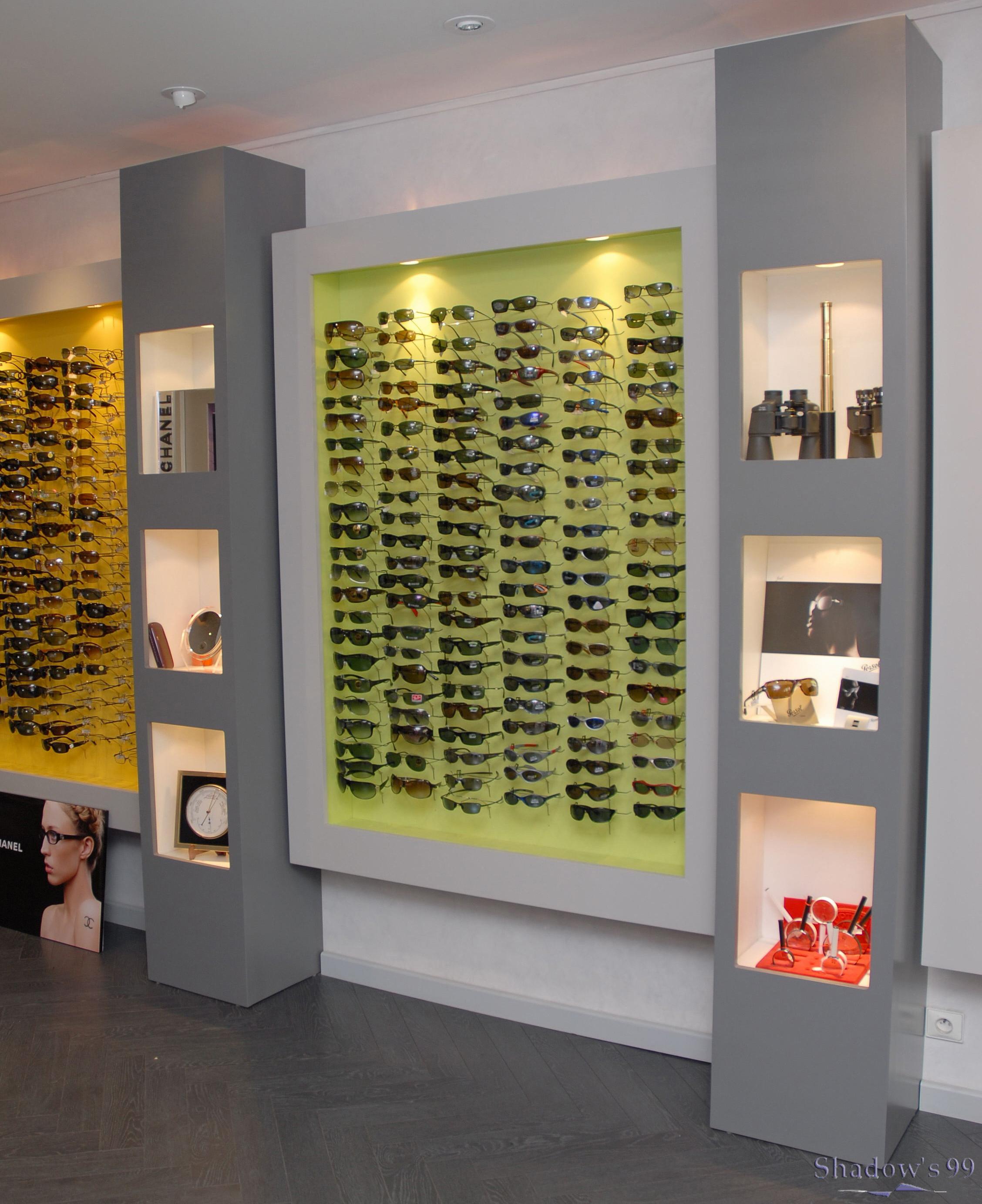Présentoir et niche magasin optique