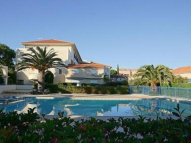 piscine de la résidence domaine d'azur 2 au Lavandou
