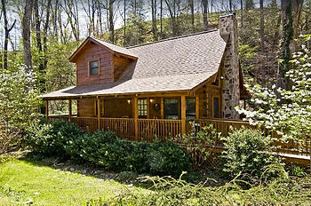 Natures Grace Retreat Handicap accessible cabin in Pigeon Forge, exterior view