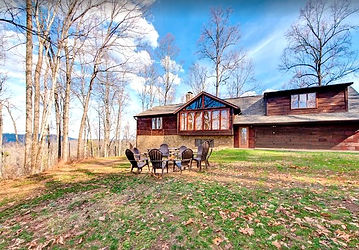 Large Secluded Cabin Not in a Resort, Pigeon Forge & Gatlinburg TN, exterior view